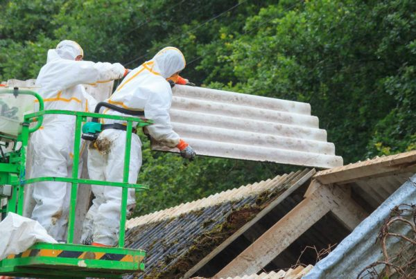 Safe removal of asbestos